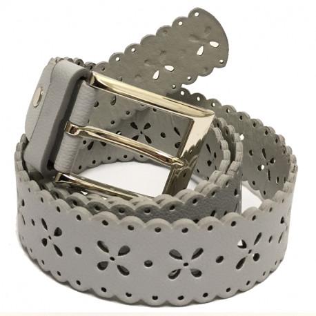 Perforovaný koženkový pásek s kovovou sponou - šedý