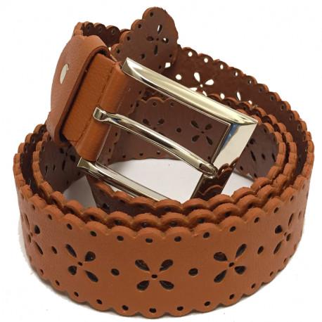 Perforovaný koženkový pásek s kovovou sponou - hnědý